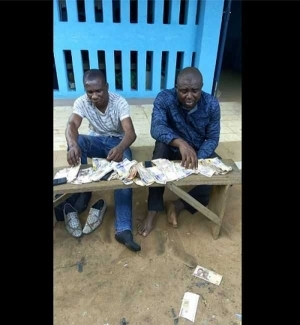 Omg! See Faces Of Notorious Armed Robbers Arrested In Imo State After Robbing A Bank Customer (Photos)